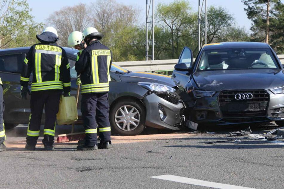 Wieder Unfall auf A14-Zubringer: Audi und Ford krachen zusammen