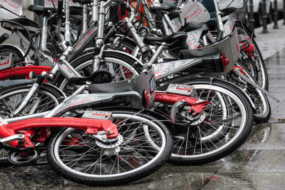 Vielen sind die Leihräder ein Dorn im Auge.