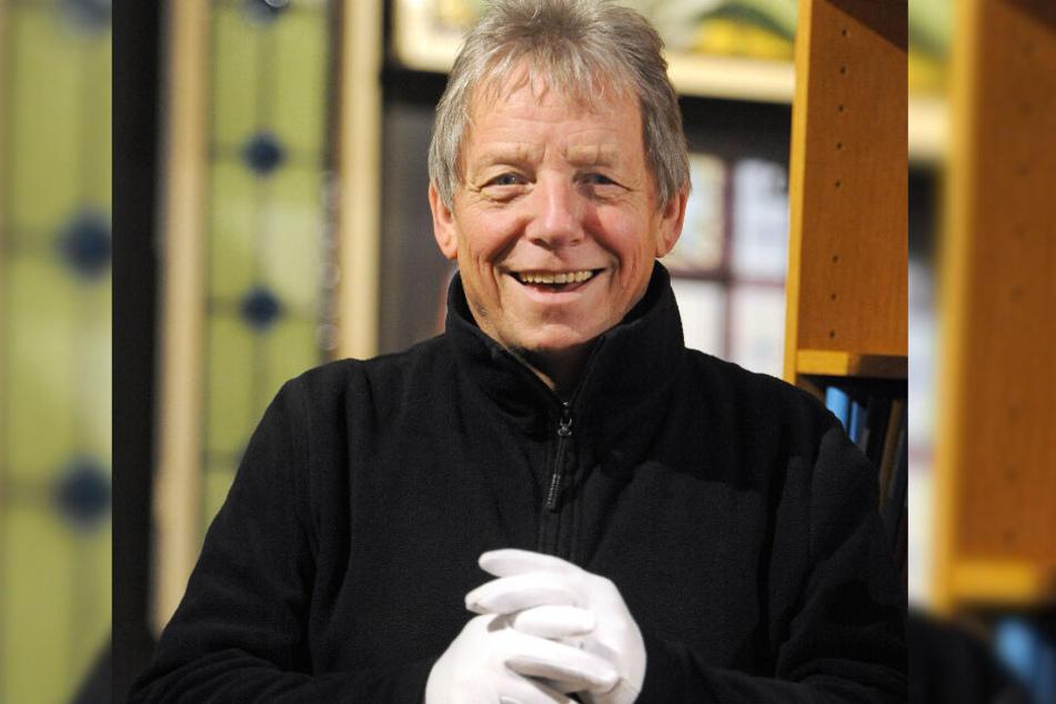 Er leitet die Benefiz-Versteigerung in Waldheim: Auktionator Michael Ulbricht (66).