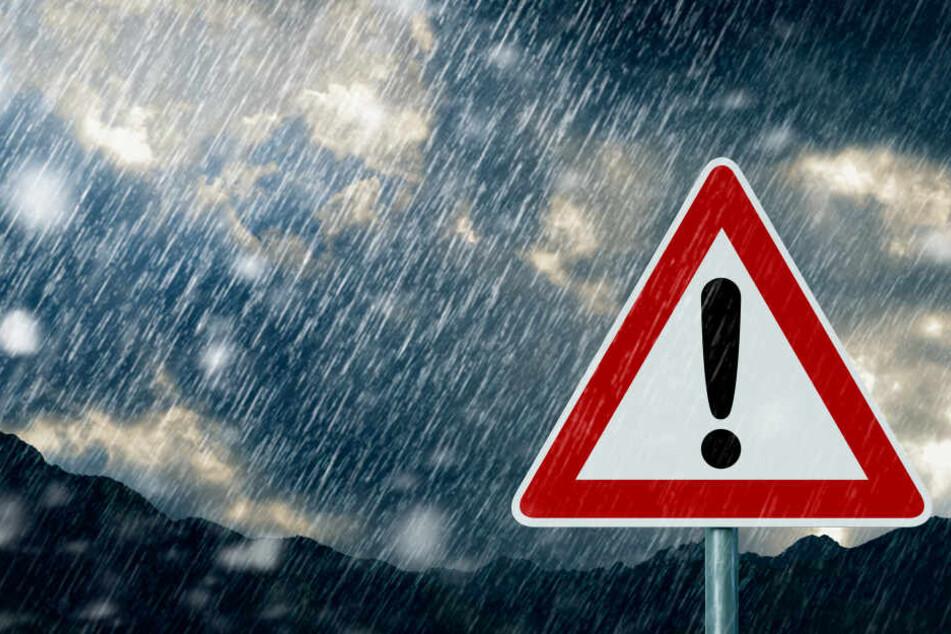 Vor Sturmböen warnt der Deutsche Wetterdienst (Symbolbild).