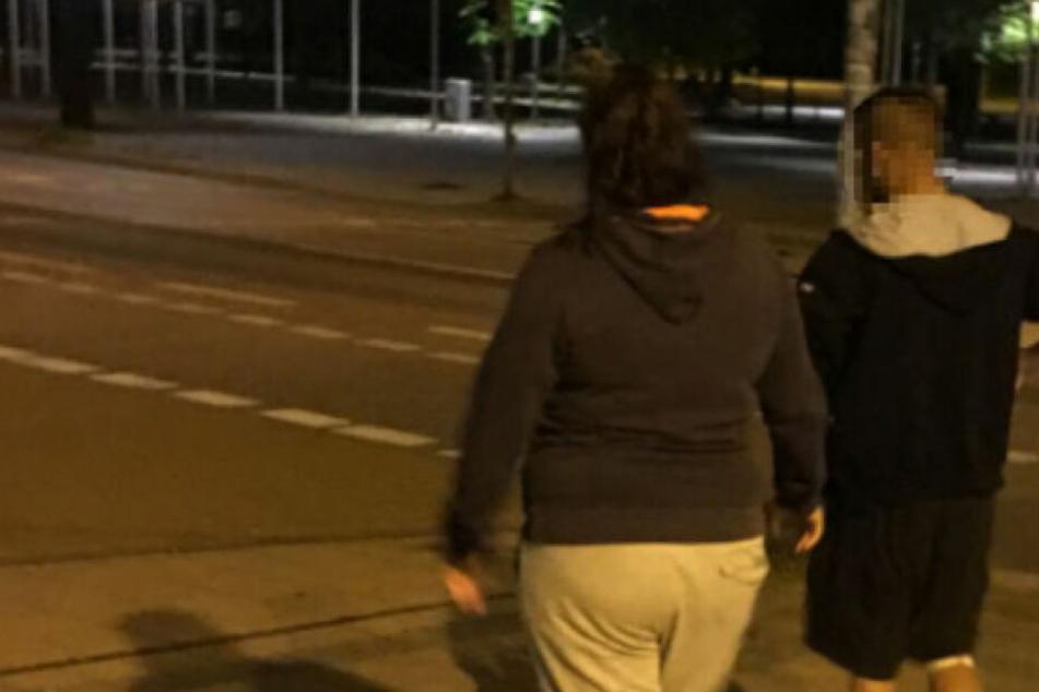 Messerangriff und rassistische Parolen: Täter muss jetzt doch in den Knast!