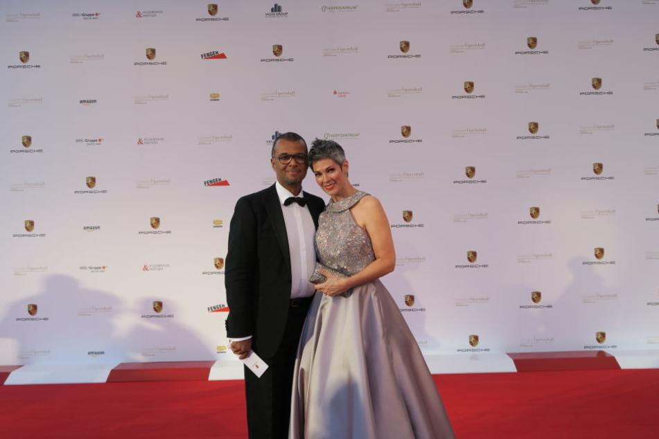 Schauspielerin Cheryl Shepard war zusammen mit ihrem Ehemann Nikolaus Okonkwo erschienen.
