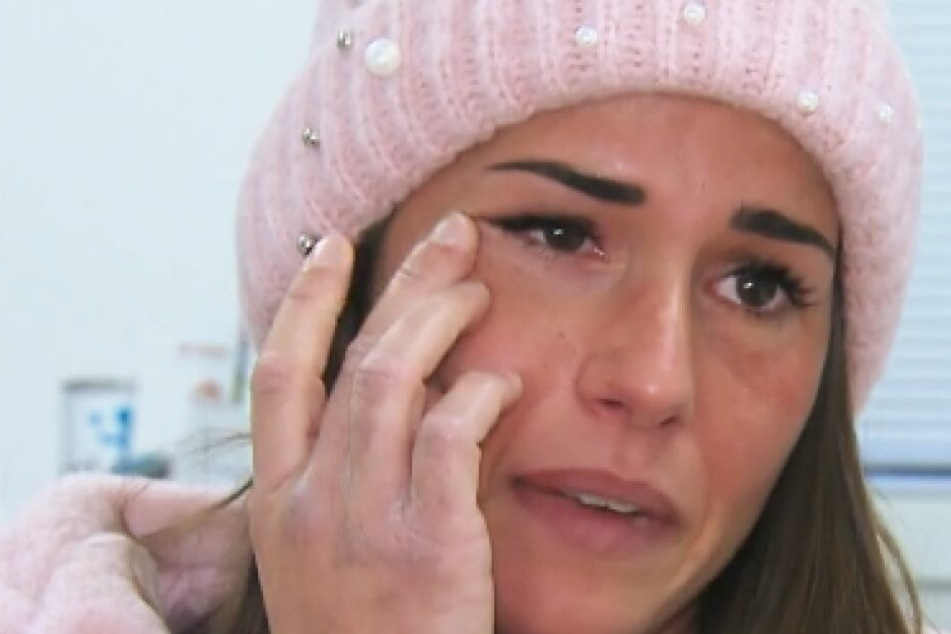 Sarah Lombardi begann nach der Diagnose zu weinen.