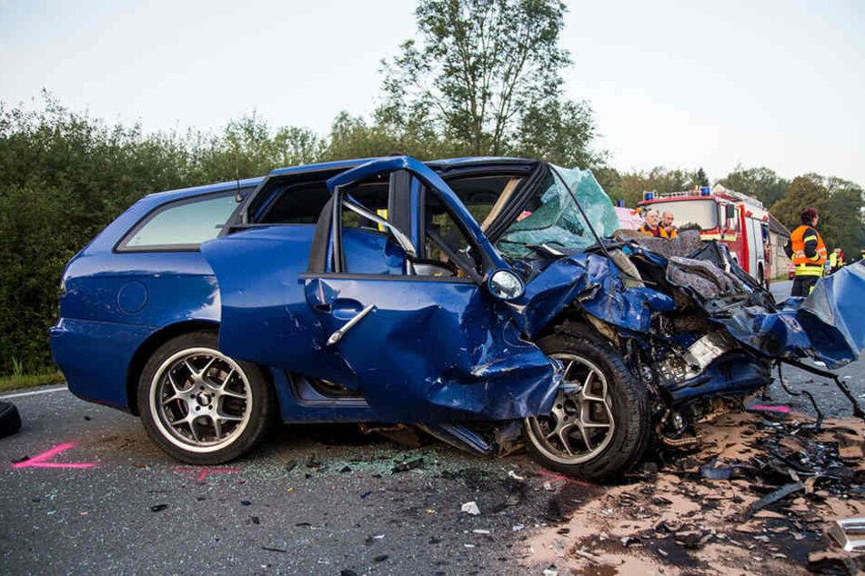 Ein Alfa Romeo und ein Skoda Okatavia stießen nahe Bischofswerda zusammen.