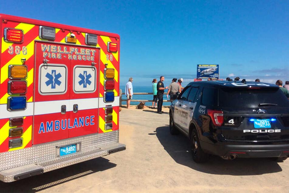 Rettungskräfte brachten den Verletzten noch ins Krankenhaus, dort verstarb er wenig später.