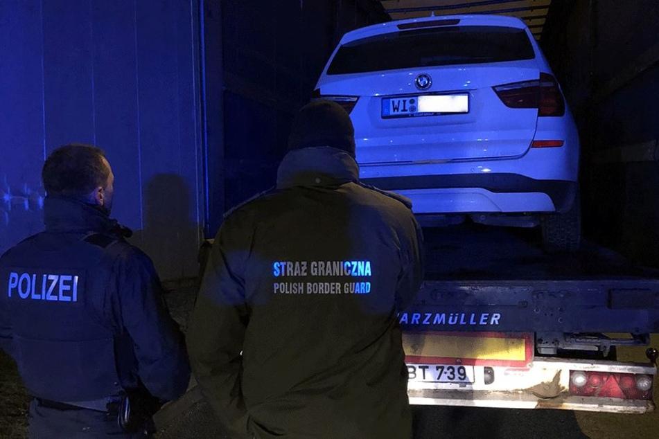 Die Polizei wunderte sich über die deutschen Kennzeichen.