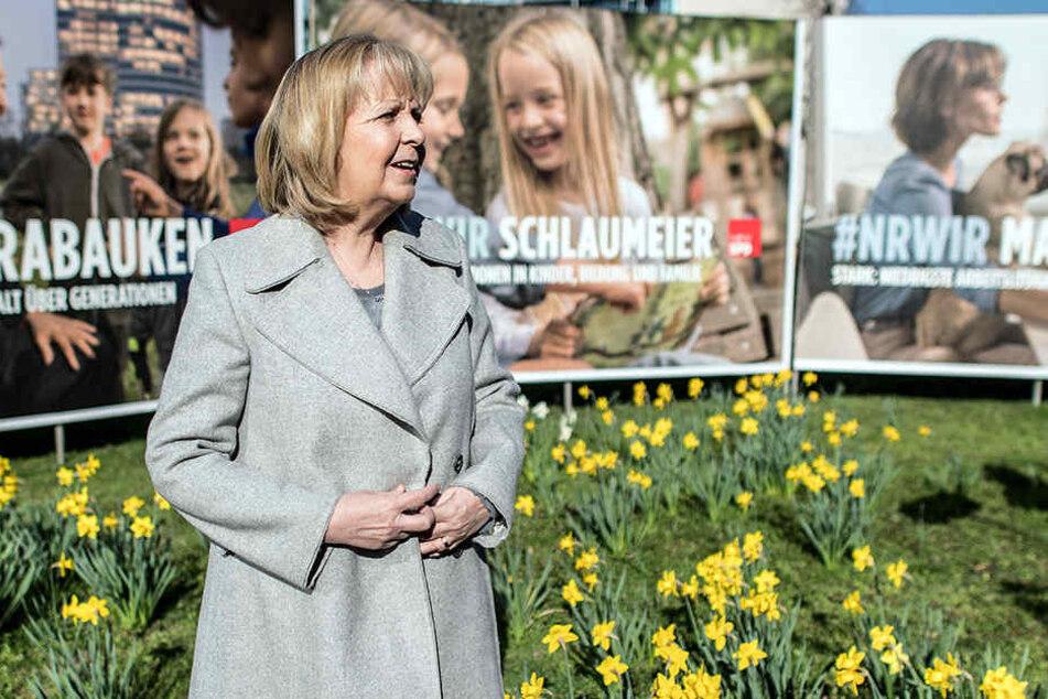 Hannelore Kraft hat am Dienstag die Plakate für den Wahlkampf vorgestellt.
