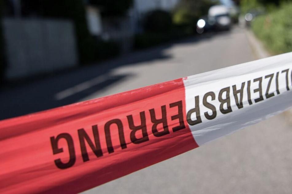 Die Kriminaltechnik sicherte Spuren vor Ort. (Symbolbild)