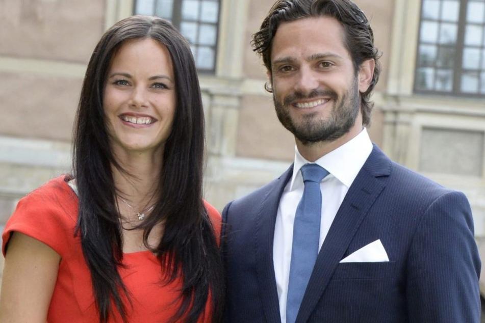 Der schwedische Prinz Carl Philip heiratete 2015 seine Freundin Sofia Hellqvist, die heute Prinzessin Sofia ist.