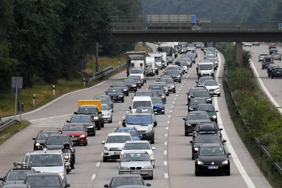 Die A6 in Richtung Heilbronn wurde nach dem Crash voll gesperrt. (Symbolbild)