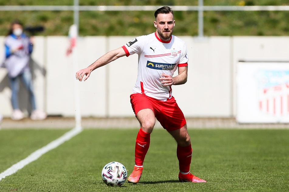 Morris Schröter (25) ist ein torgefährlicher Tempo- und Charakterspieler, der Dynamo Dresden auch mit seiner Vielseitigkeit enorm verstärken kann.