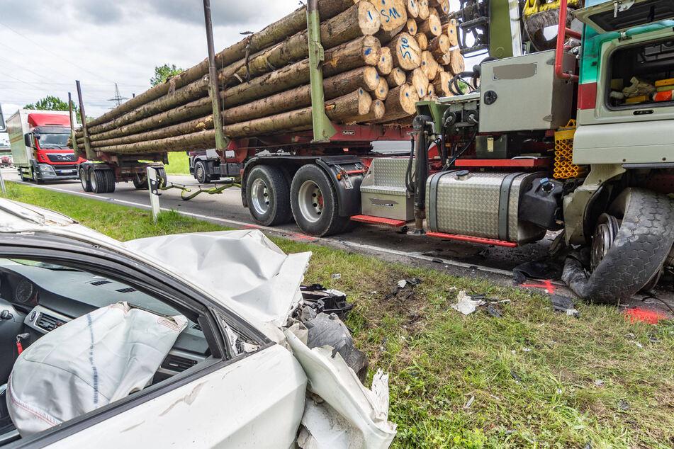 Ein Blick auf die Folgen des Unfalls.