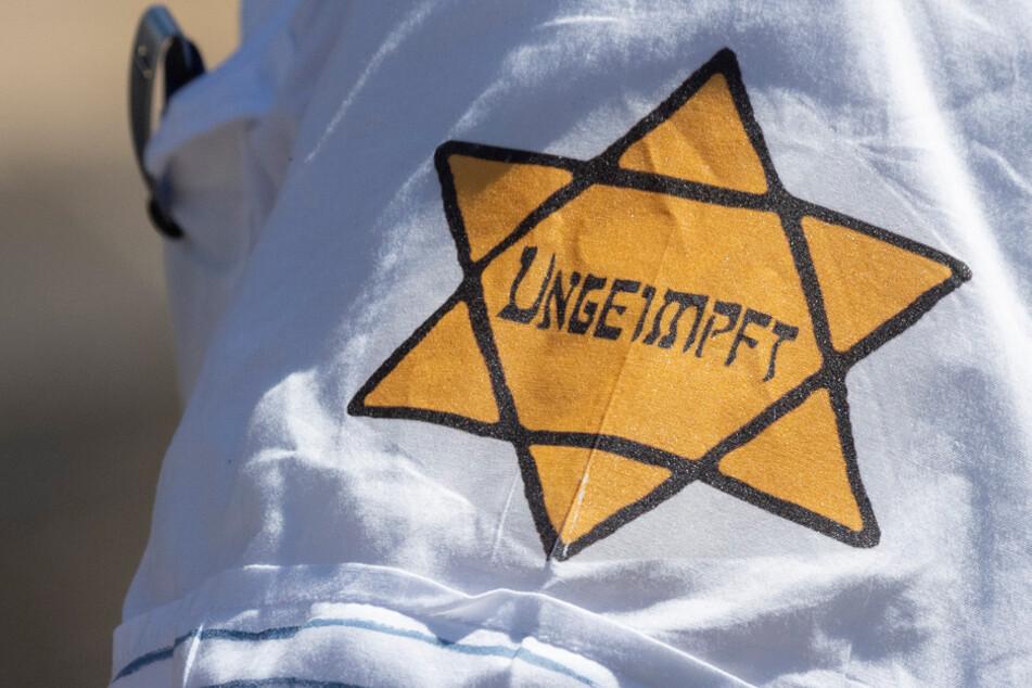 Antisemitische Vorfälle bei 48 Corona-Demonstrationen in Bayern