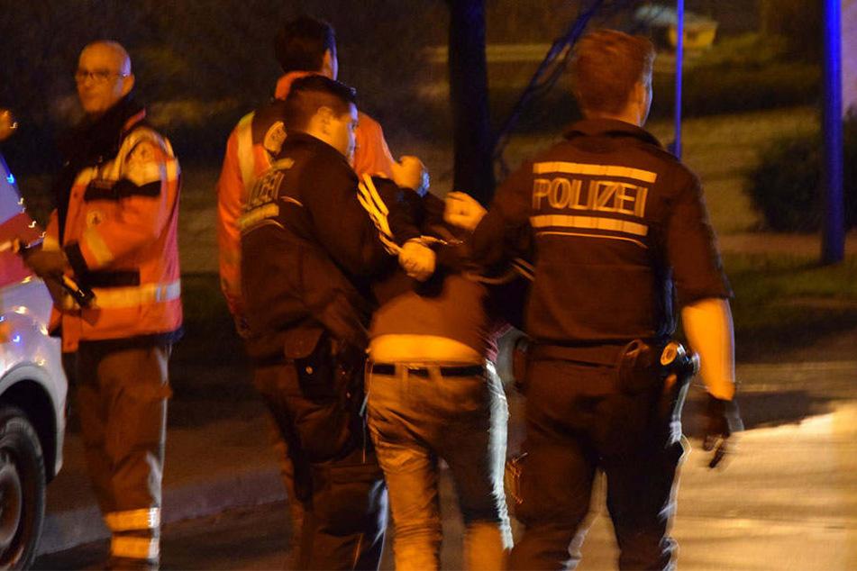 Die Streithähne nannten der Polizei widersprüchliche Gründe für die Auseinandersetzung. (Symbolbild)