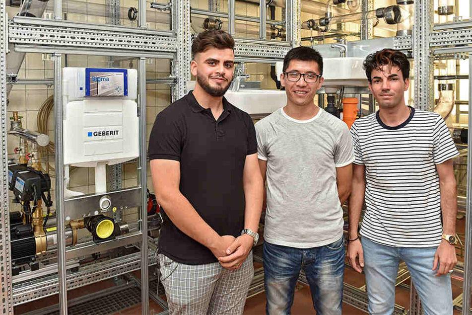 Daham Al-Mushalhi (21), Mohammad Qasim Hussaini (22) und Gull Baz Naseri (21) haben es geschafft. Alle drei haben einen Ausbildungsplatz in Dresden bekommen.