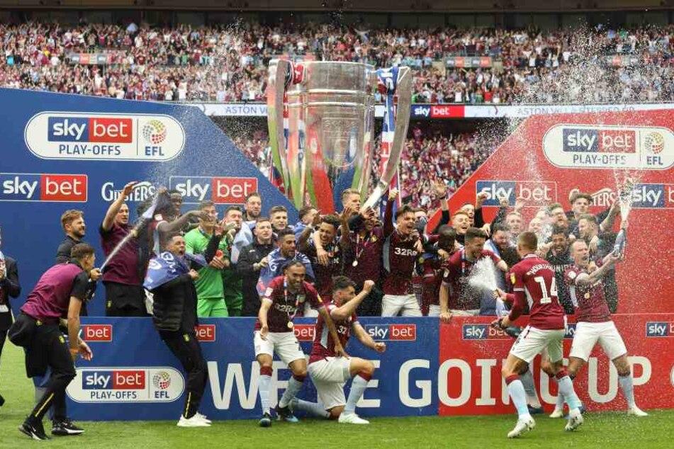 Mit Chelsea-Legende John Terry als Co-Trainer gewann Aston Villa die Playoffs und spielen nach drei Jahren wieder in der Premier League.