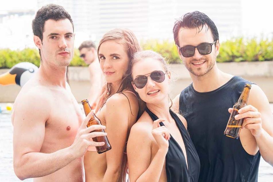 Nach einigen Bierchen verschwimmen bei vielen Männern die Grenzen der Geschlechter. Da werden auf einmal auch anderer Typen sexy.