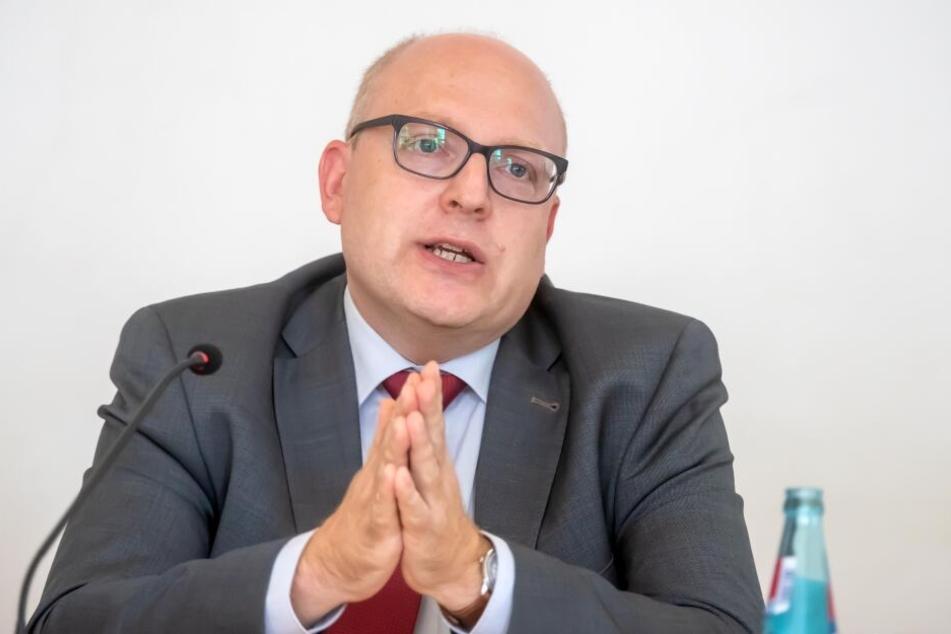 Die Chemnitzer SPD hat Kämmerer Sven Schulze als OB-Kandidaten nominiert.