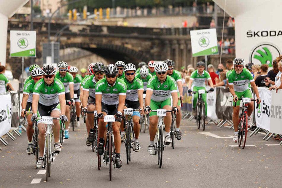 Etwa 1500 Radsportler werden am Sonntag durch die Innenstadt rollen.
