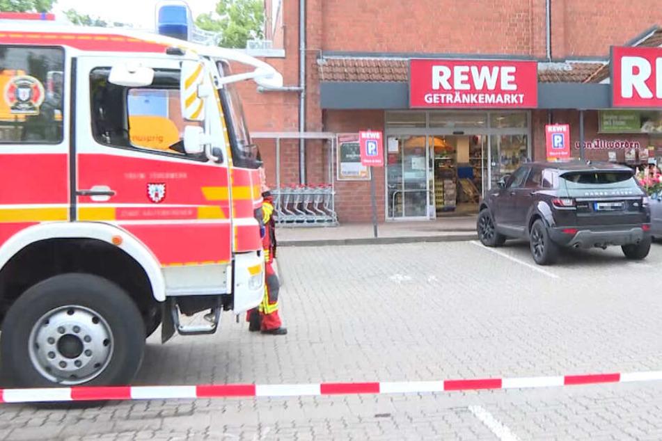 Nach dem Reizgasangriff wurde der Supermarkt abgesperrt.