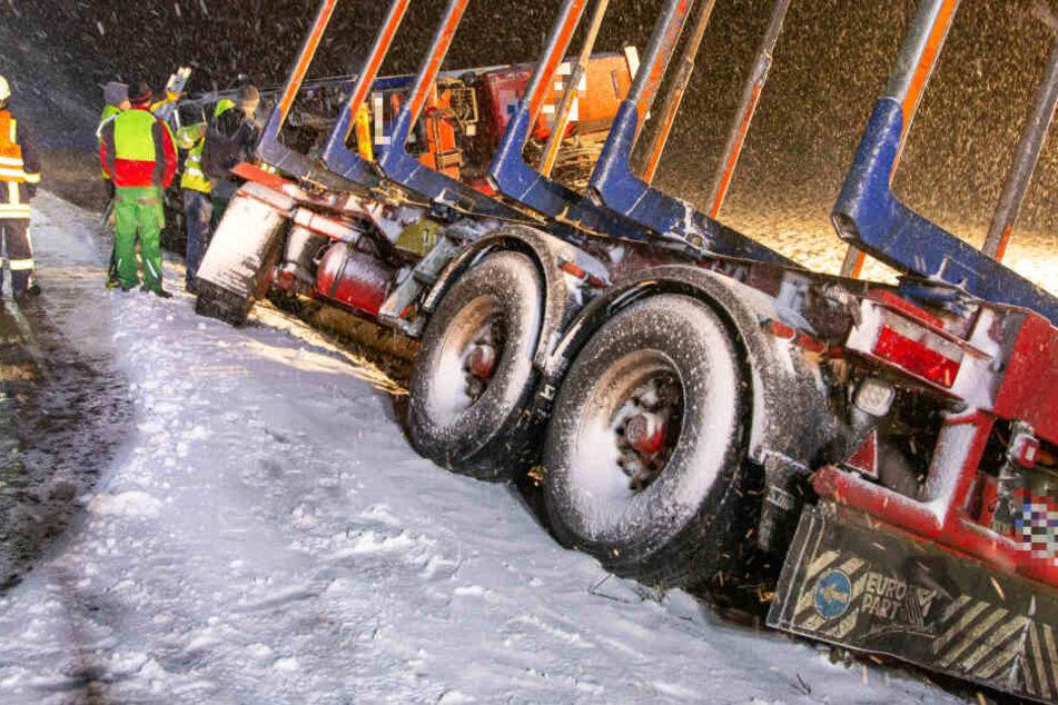 Schnee-Chaos auf den Straße sorgt für zahlreiche Unfälle in Thüringen