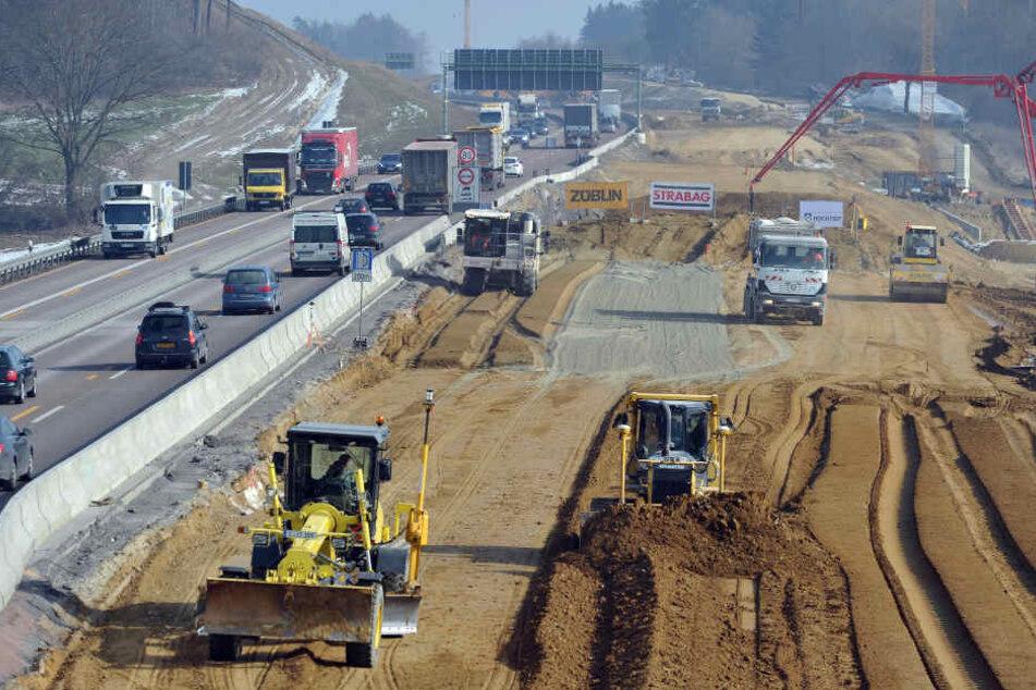 So wie an Baustelle an der A8 zwischen Augsburg und Ulm 2015 wird es noch viele weitere in Bayern geben.