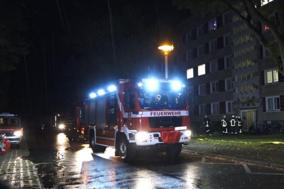 In der Nacht zu Mittwoch ist es in einem Asylheim in Hoyerswerda zu einem Brand gekommen. Die Feuerwehr war mit einem Großaufgebot im Einsatz.