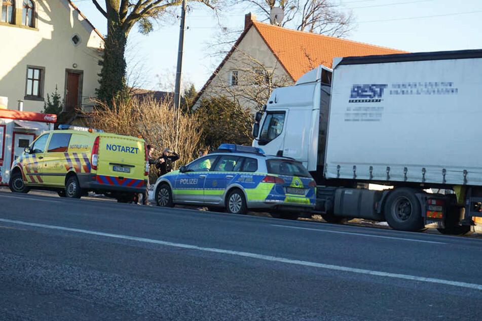 Der Lkw-Fahrer wurde leblos in seinem Fahrerhaus gefunden.