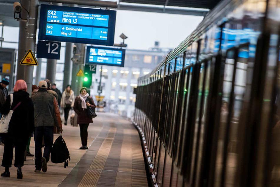 Im Berufsverkehr an einen der Ringbahnhöfe zu stehen, kann mitunter sehr zeitintensiv sein.