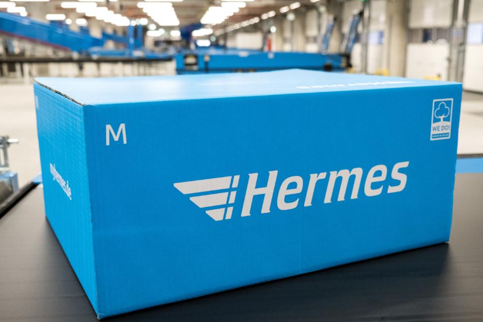 Der Paketdienst Hermes hat einen deutlichen Anstieg der Sendungen festgestellt. (Archivbild)