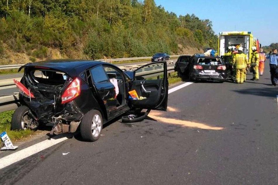 Schwere Schäden auch an den anderen Fahrzeugen.