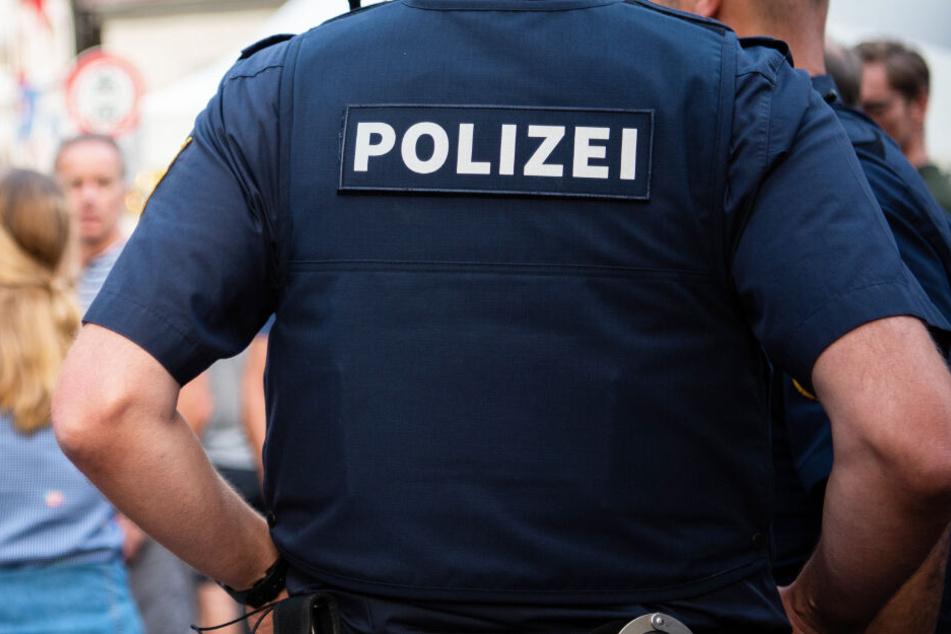 Mann klaut Flasche Bier: Als Polizei kommt, läuft alles aus dem Ruder