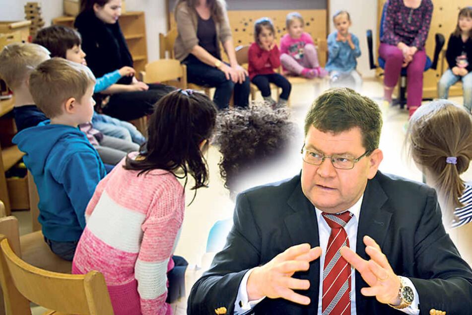 Zwei städtische Kitas haben einen  Anteil von um die 50 Prozent an Flüchtlingskindern. Sozialdezernent Philipp Rochold (55, parteilos, re.).