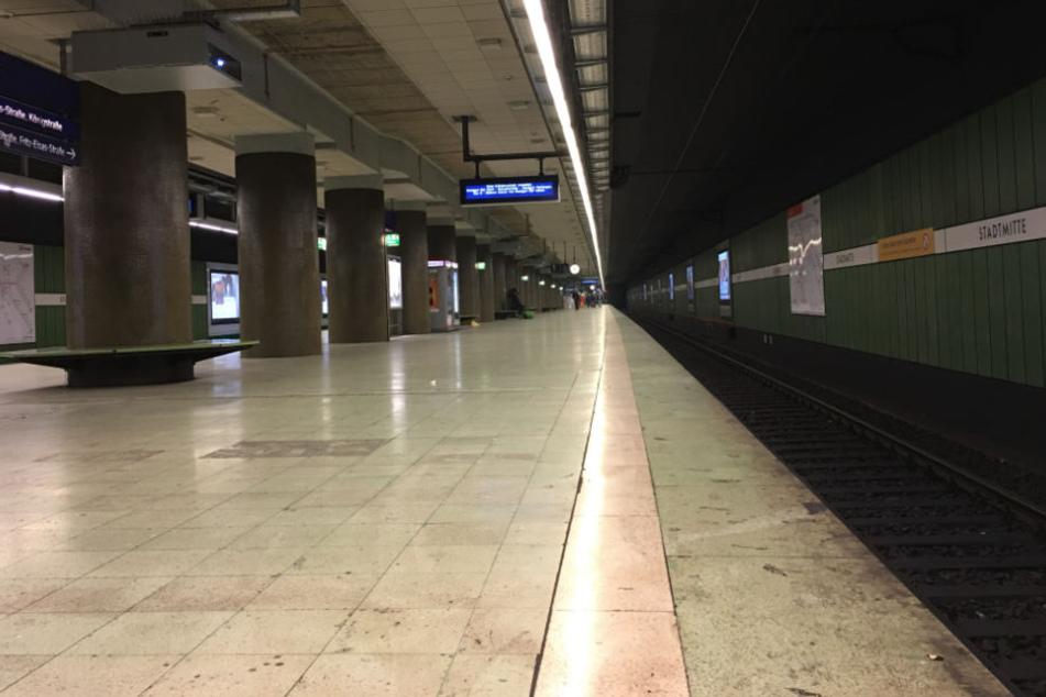 Verwaist: die Bahnstation Stadtmitte am Dienstagmorgen.