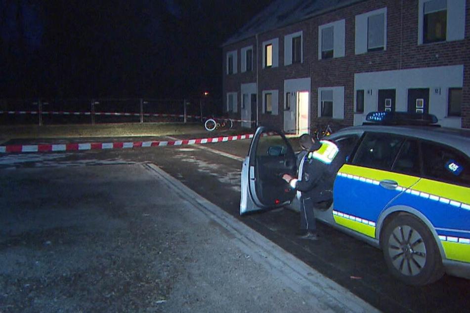 Die Polizei hat den Tatort weiträumig abgesperrt.
