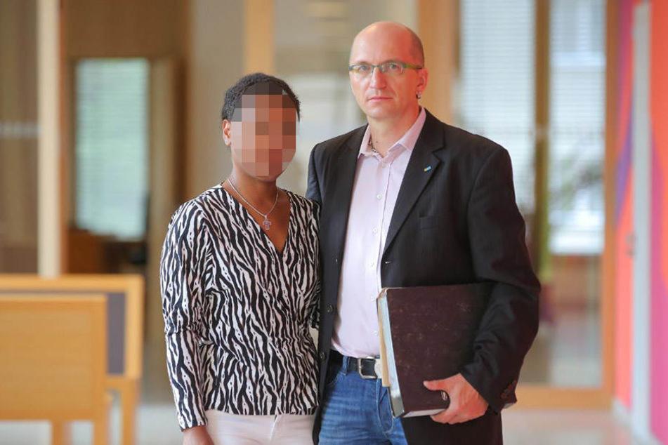 André Albrecht (47) und seine Frau Josella (33) sind froh, mittlerweile nicht mehr neben Herbert S. zu wohnen.