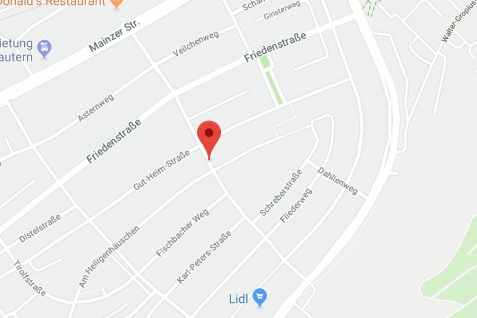 Der Brand brach am Samstag auf einem Balkon in der Gärtnereistraße in Kaiserslautern aus.