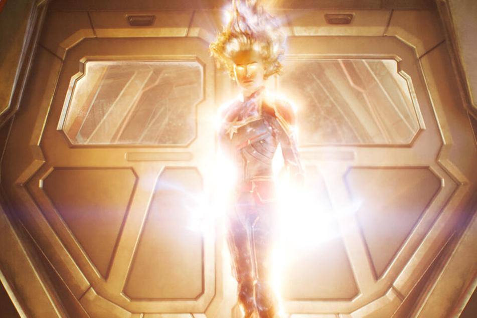 Captain Marvel (Brie Larson) hat gewaltige Superkräfte.