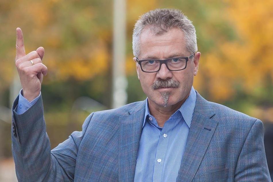 Nach dem Willen von Ordnungsdezernent Miko Runkel (56, parteilos) sollen auch Bewohner der Umlandkreise in der Chemnitzer Zentrale landen.