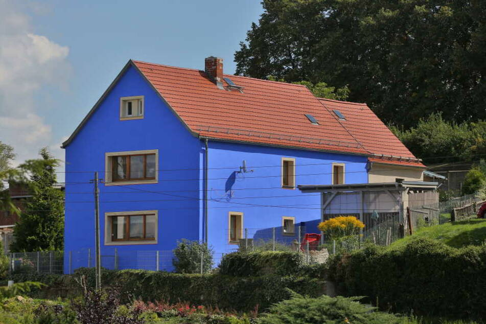 Dieses blaue Haus löste 2013 den Fassadenstreit aus. Der führte indirekt auch zum Bürgerentscheid.