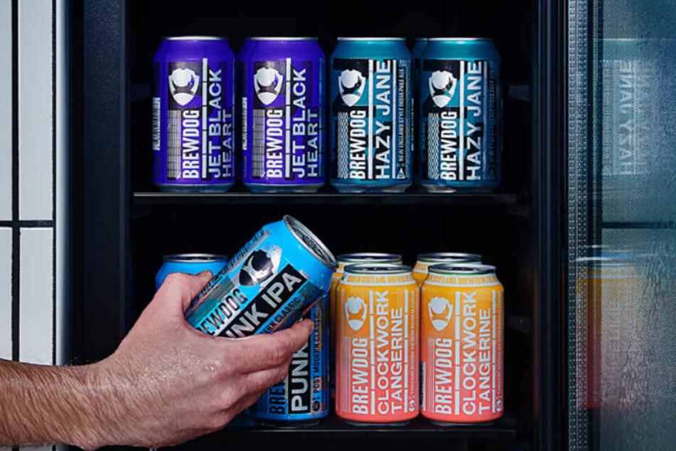 In den Zimmern der Bierhotels befinden sich immer prall mit Bier gefüllte Kühlschränke.