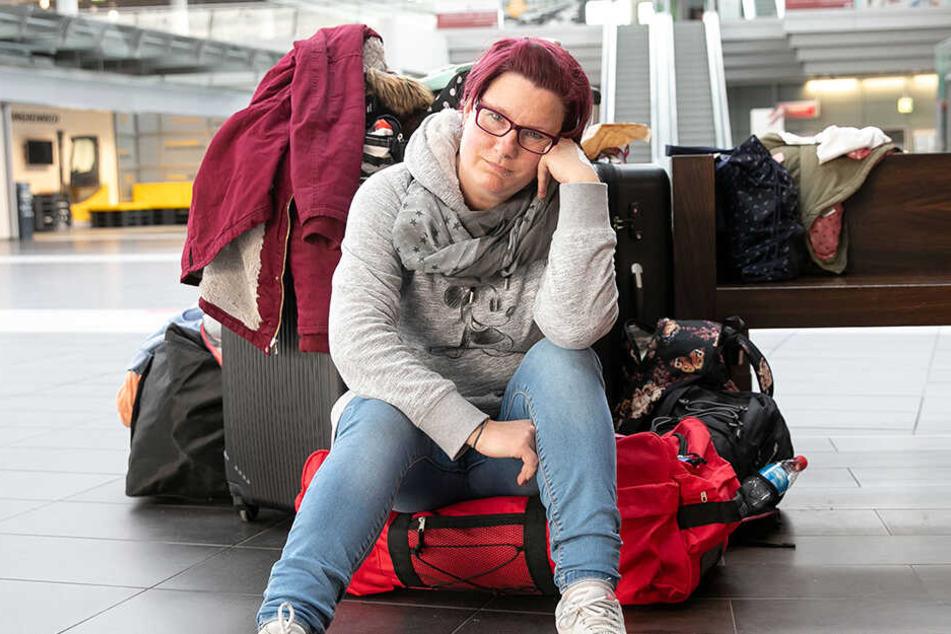 Für Altenpflegerin Andrea Roggenbrodt (38) aus Rostock endete die Odyssee gestern in einem Dresdner Hotel.