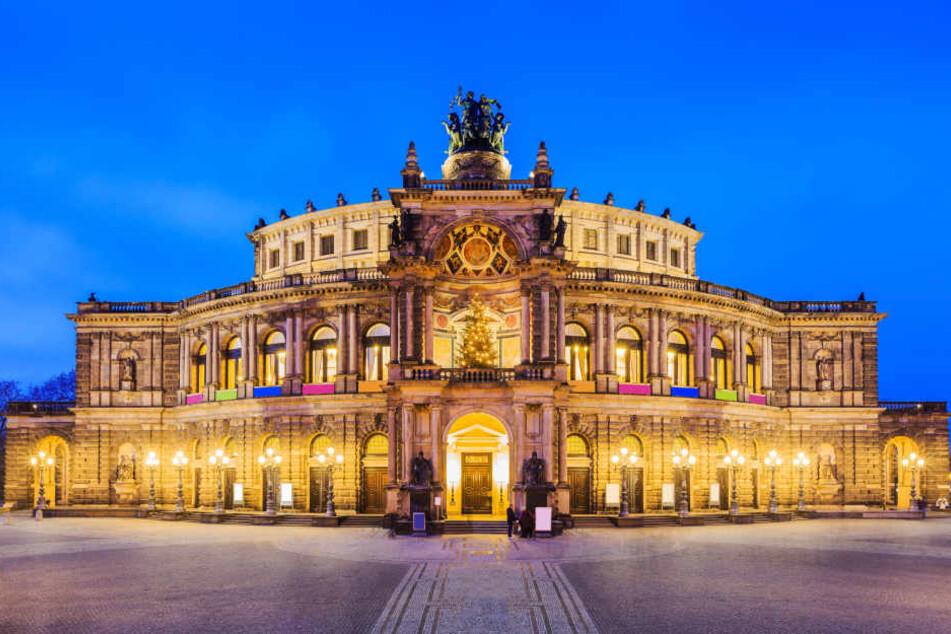 An der Dresdner Semperoper soll es einen Fall von sexuellem Missbrauch gegeben haben.
