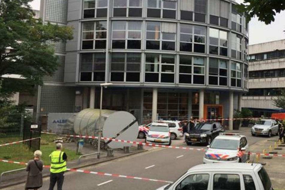 Geiselnahme! Polizei riegelt Rundfunk-Gebäude ab
