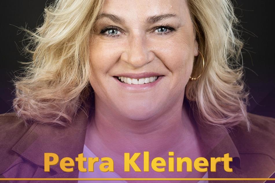 """Ob sich die """"ulkige"""" Petra Kleinert (53, """"Muschi"""") und der """"Weltverbesserer und Humorist"""", das """"Wunder im Pullunder"""", vor """"Witzischkeit"""" unterhalten können?"""