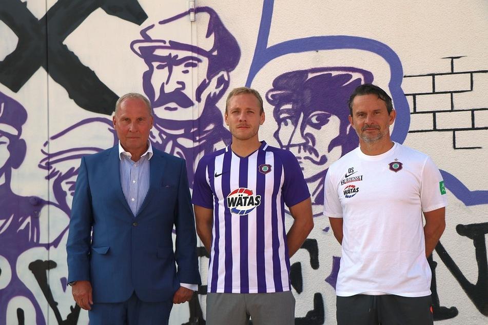 FCE-Präsident Helge Leonhardt (l.), Ben Zolinksi (m.) und Cheftrainer Dirk Schuster.