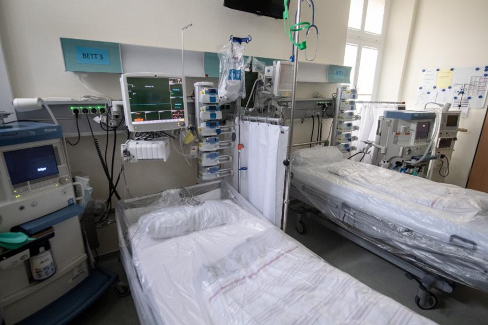 Kapazitäten für Corona-Patienten werden reduziert (Symbolbild).