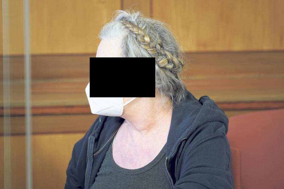 Malgorzata H. (66) soll laut Anklage ihrem Gatten beim Drogenhandel geholfen haben.