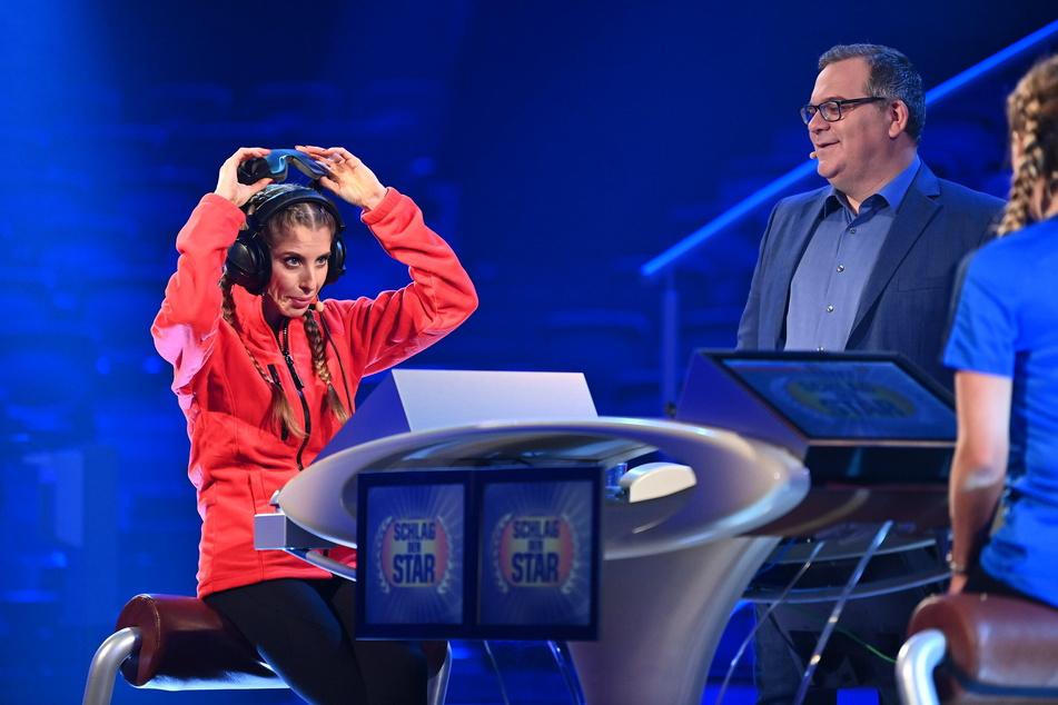 Cathy Hummels (32) musste sich gegen Stefanie Hertel (41) geschlagen geben. Moderator Elton (49) führte durch die Show.