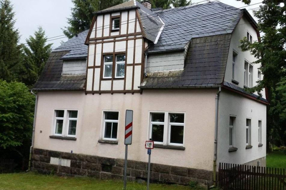 Hier wohnte das 72-jährige Opfer allein in der Falkensteiner Straße im Stadtteil Mühlgrün.
